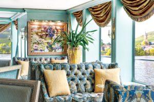 Uniworld Lounge